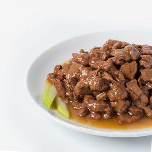 پوچ گربه با گوشت غاز گاو و سیب در سس - rafine pouch